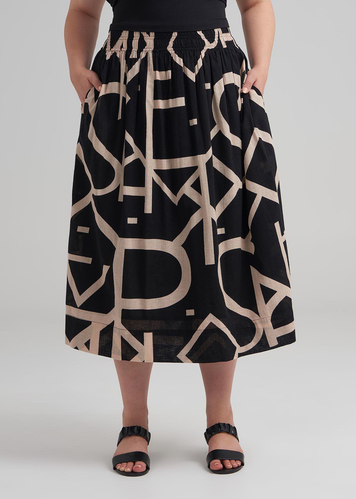 Plus Size Bottoms | Jeans, Shorts, Skirts & Leggings