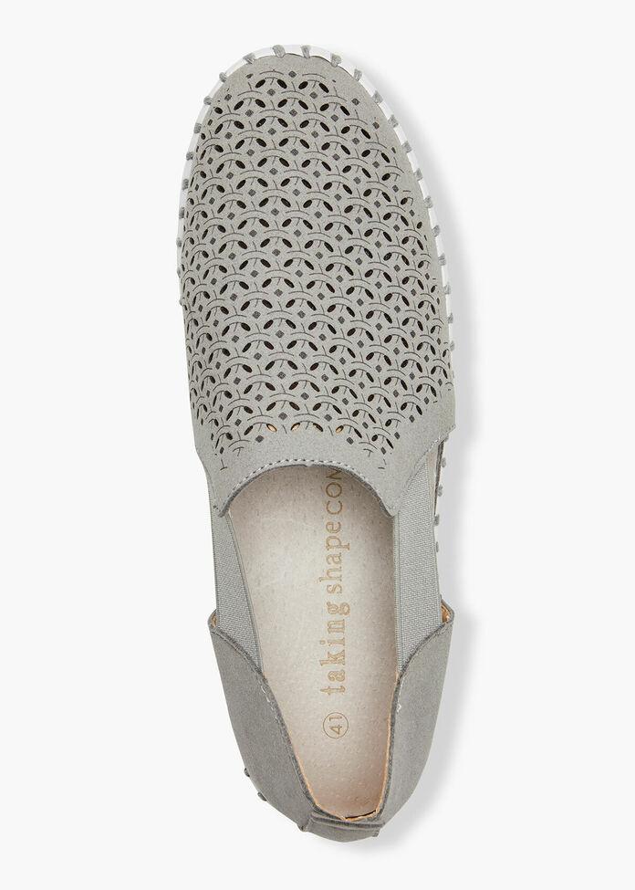 Comfort Lasercut Flex Shoe, , hi-res