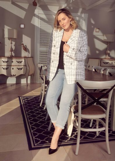 Boucle Casual Date Outfit