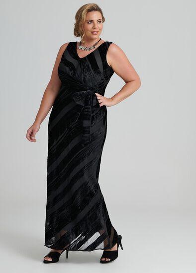 Glamour Velvet Maxi Dress