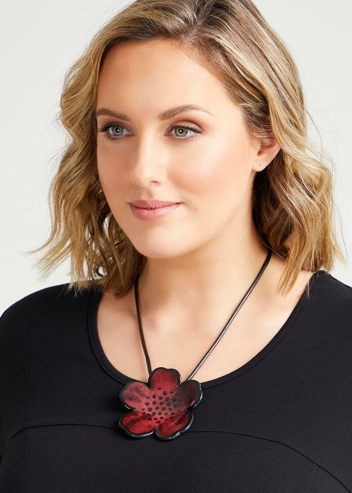 Short Resin Flower Necklace, , hi-res