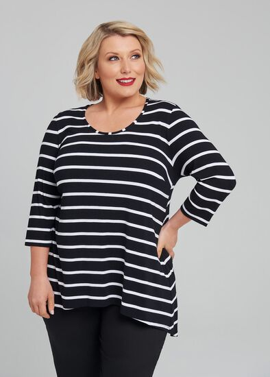 Petite Linear 3/4 Sleeve Top