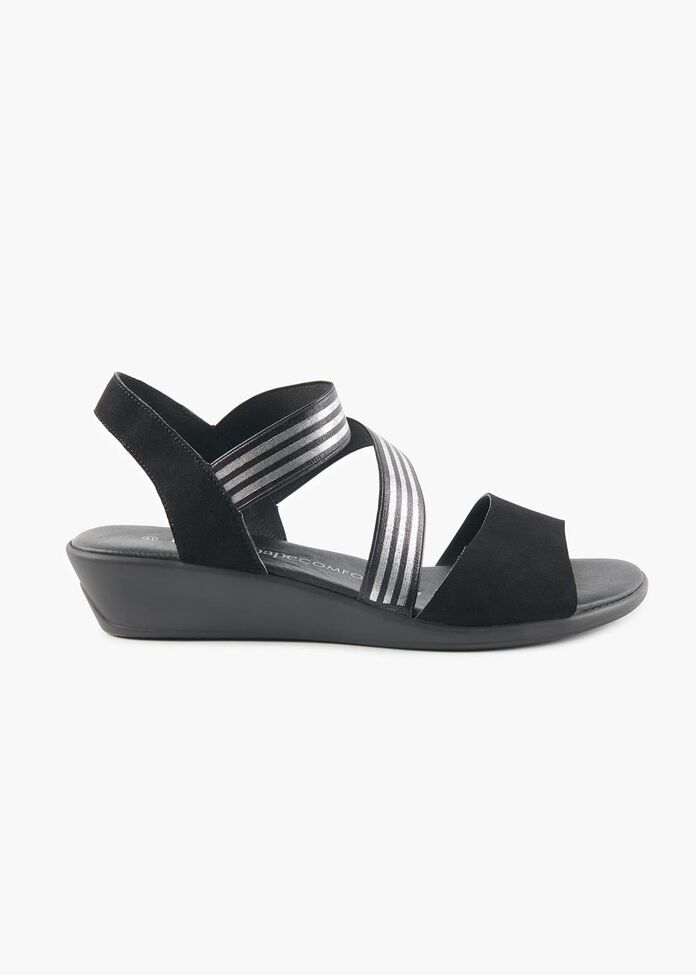 Sally Anne Sandal, , hi-res